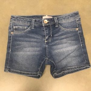 Girls Squeeze Jean shorts